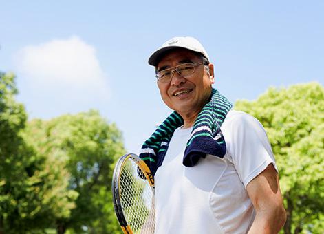 絶好のロケーションでテニスプレーを。