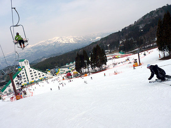 鷲ヶ岳スキー場(6.2km)